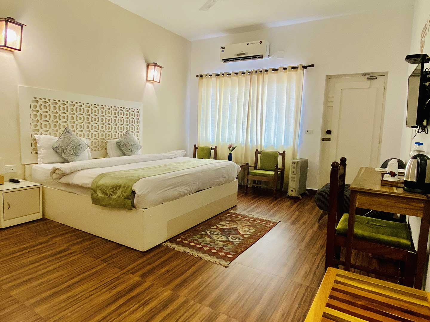 Deluxe Rooms at Sanskriti Ramjhula Rishikesh India